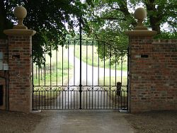 Large drive gates for Private residence